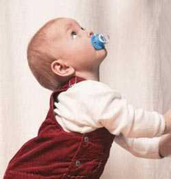 1.5-2岁宝宝爱扔东西的亲子游戏